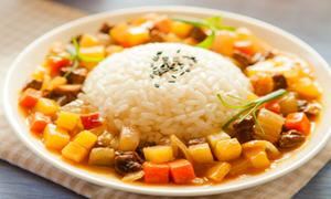 咖喱牛腩烩饭