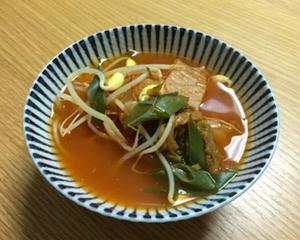 泡菜黄豆芽汤