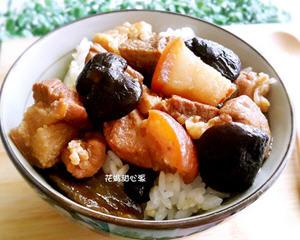 荫瓜香菇卤肉饭