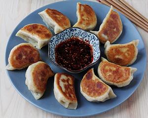 芹菜猪肉馅锅烙(煎饺)