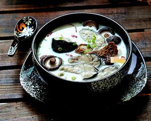黑鱼豆浆菌菇煲