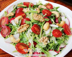 蔬菜干果沙拉