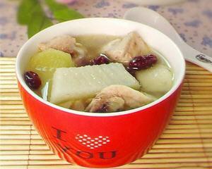 白萝卜炖鸡汤