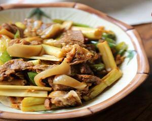 酸笋炒羊肉