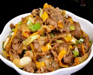 黄贡椒炒肉