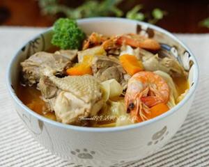 姜麻香辣鸡汤