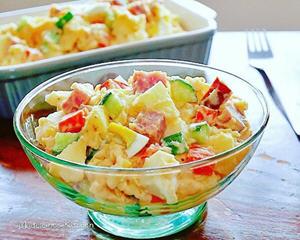 马铃薯苹果火腿蛋沙拉