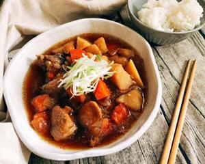 日式马铃薯炖鸡腿肉