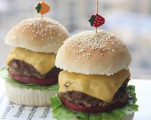 加厚牛排芝士汉堡