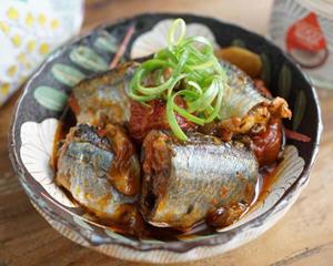 椰子油茄汁秋刀鱼