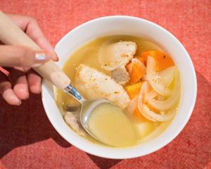 经典家常汤品:猪肉味噌汤