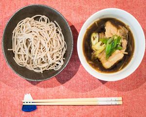 日本葱烧猪肉荞麦沾面