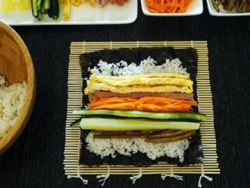 原味韩式紫菜包饭的做法与窍门图解4