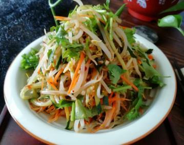 黄瓜拌绿豆芽家常做法1