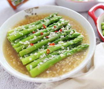 上汤蒜蓉芦笋(减脂瘦身的快手食谱)11