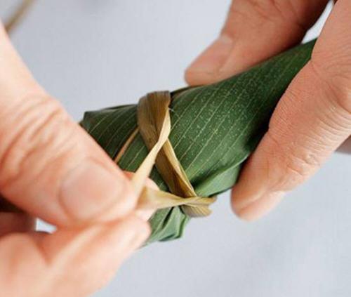 锥形粽子的包法?圆锥粽子怎么包?8