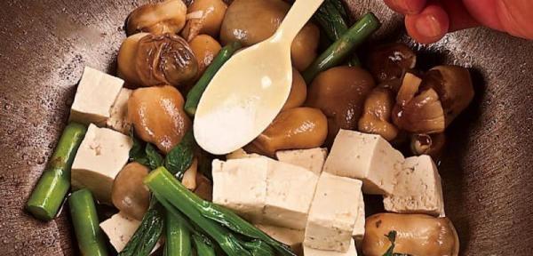 草菇炖豆腐7