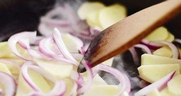 土豆洋葱炒牛里脊5