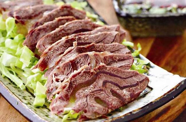 圆白菜拌牛肉