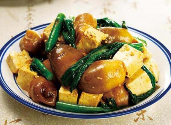 草菇炖豆腐