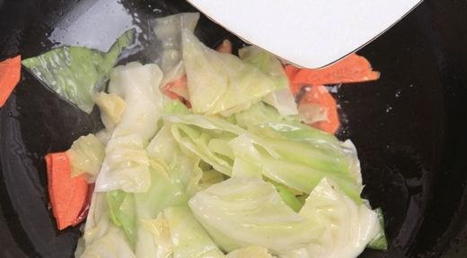 爆炒圆白菜7