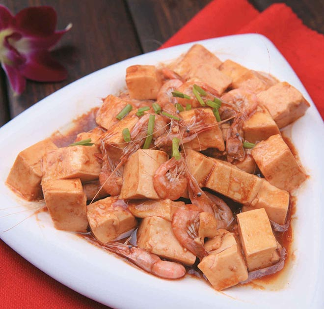 白米虾炒豆腐