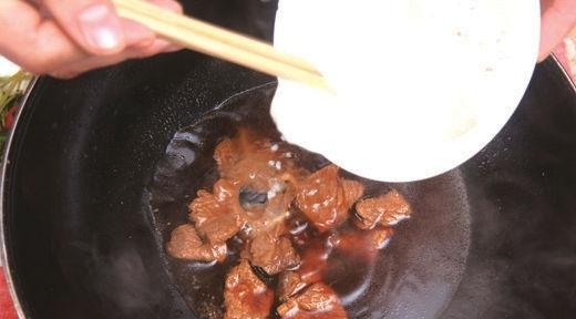 锅巴牛肉9